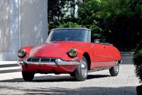 Automobiles de Collection - Vente d'Été