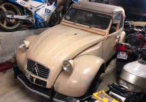 c. 1965 Citroën 2CV