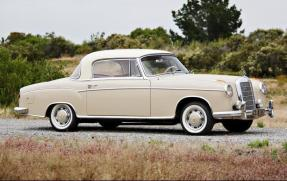 1957 Mercedes-Benz 220 S Coupe