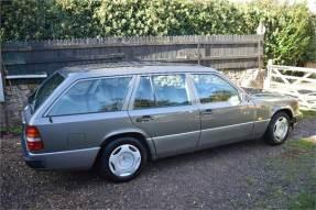 1993 Mercedes-Benz E 220