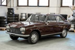 1968 Peugeot 204