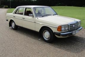 1980 Mercedes-Benz 230