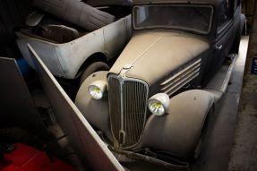 1935 Renault Monaquatre