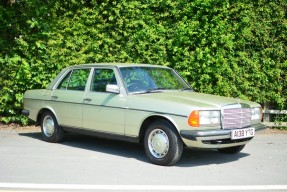 1984 Mercedes-Benz 200