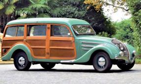 1939 Peugeot 402
