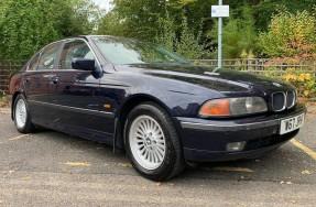 2000 BMW 520i