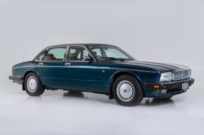 1993 Daimler 4.0