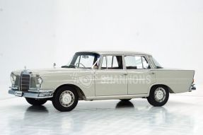 1965 Mercedes-Benz 220 S