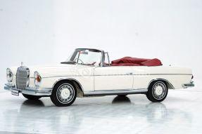 1963 Mercedes-Benz 300 SE Cabriolet