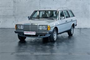 1984 Mercedes-Benz 200 T