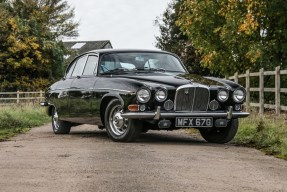 1969 Jaguar 420