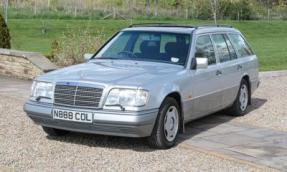 1996 Mercedes-Benz E 200